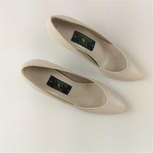Leather Champagne Ivory Heels Pumps Spain 5.5 M
